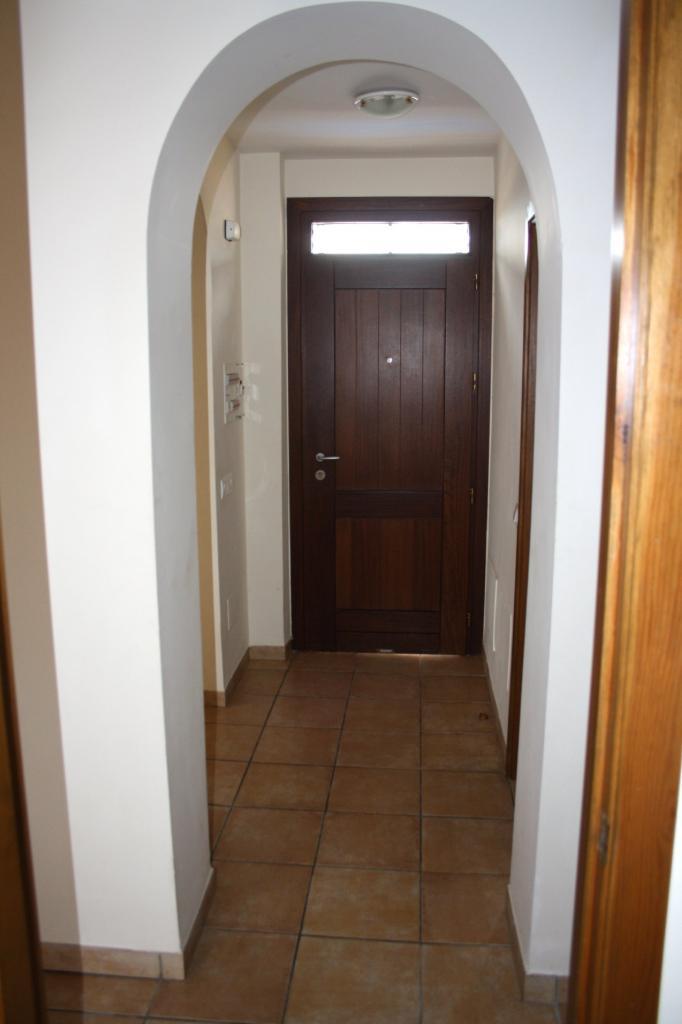 Porte d int rieur d entr e en bois en aluminium ga a mixte for Porte entree interieur